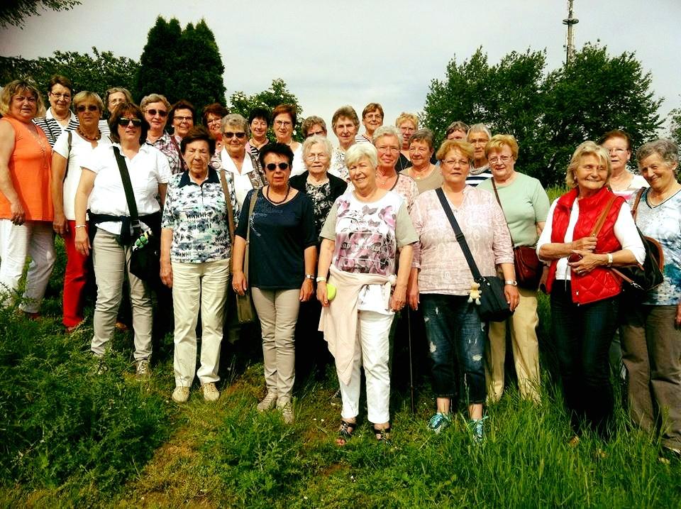 Die Frauengruppe im Elsaß
